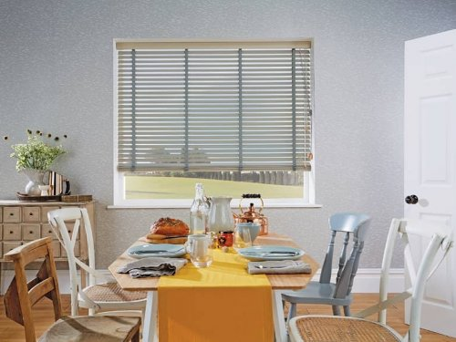 Venetian blinds - dining room