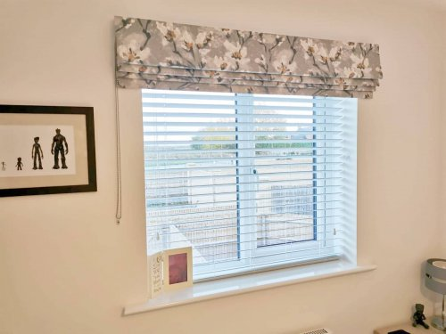 Roman Blinds with Venetian