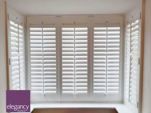 Shutter for the bay window